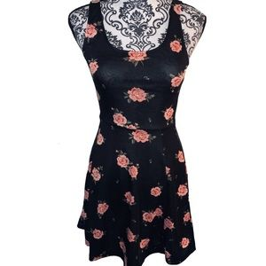Divided H&M Dress ‼️ Floral Print - Size 4